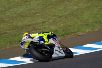 moto0904080.jpg