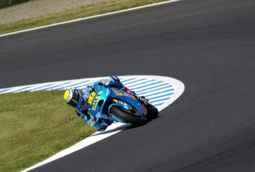 moto1010063.jpg