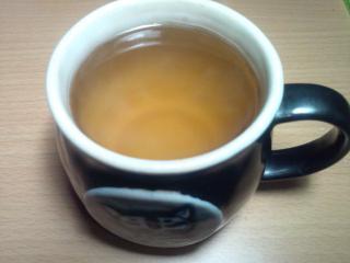 なたまめ茶の色