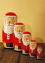 『サンタクリョーシカ』 マトリョーシカのサンタ版。この時期ぶっちぎりの人気だそうです。
