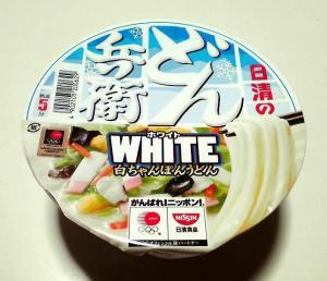 どん兵衛WHITE 白ちゃんぽんうどん(ふた)