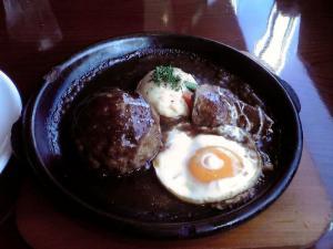 グリル俵屋 ハンバーグ&牛タンシチューセット