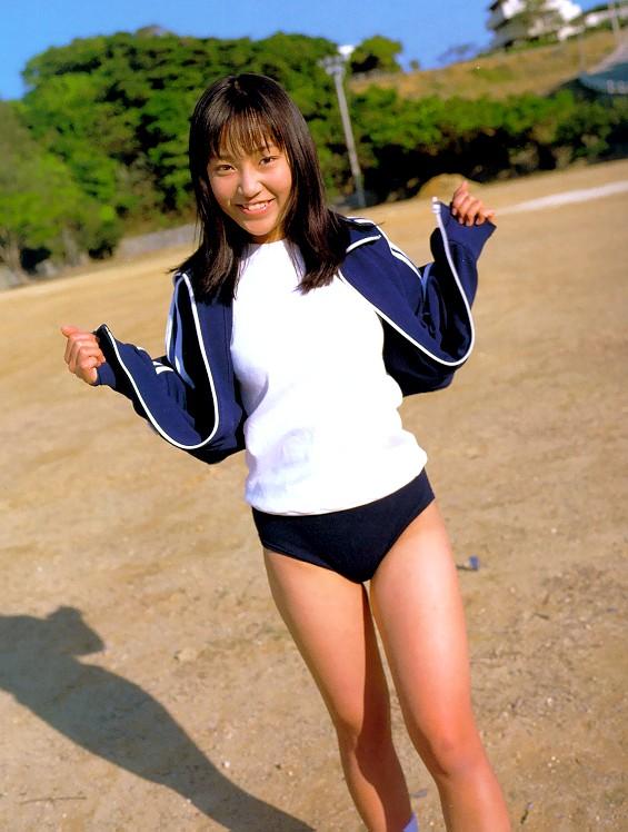麻生 久美子 高校