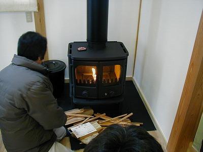 s-薪ストーブ点火試験