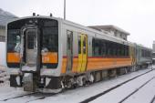 100101-JR-E-DC120-yonesaka-2.jpg