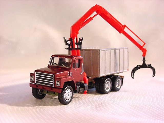 ihc_s_hiab_truck_lg.jpg