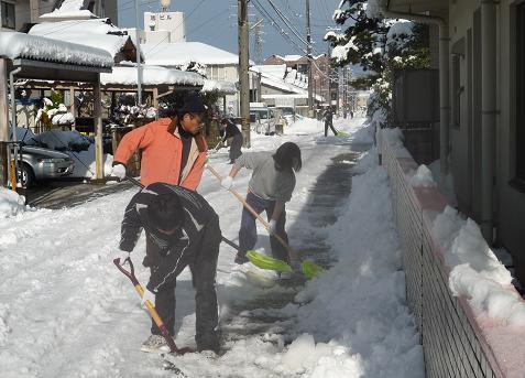 杜の里スポーツクラブ雪かき隊
