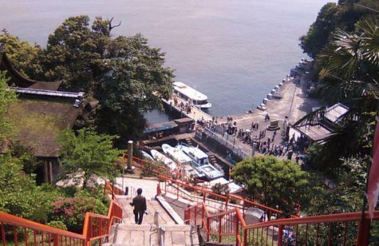 竹生島の桟橋