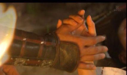 ユシン、手を握って頂戴