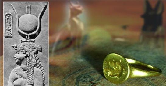 クレオパトラの指輪