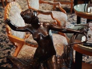 ウェンスティンホテルで見つけたディアナ女神像 (2)