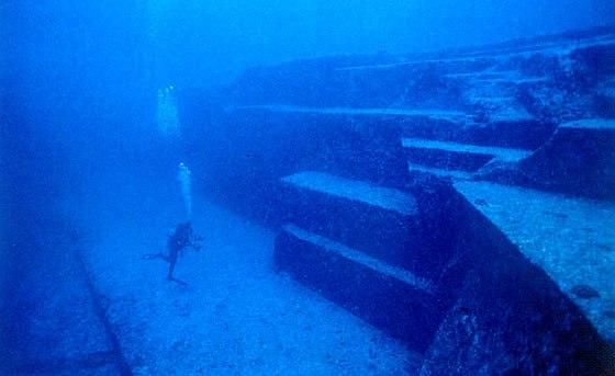 ヨナグニの海底遺跡
