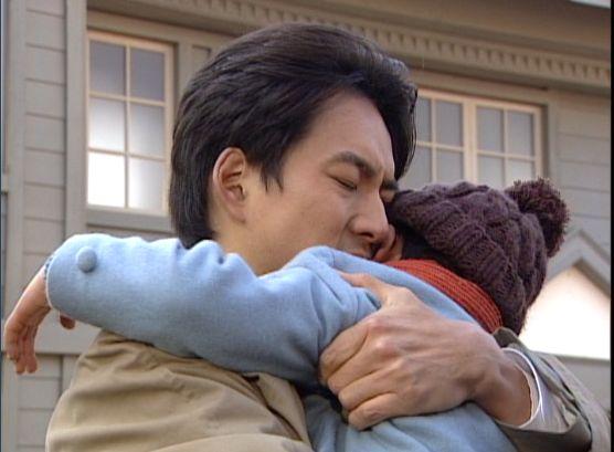 人生12215 ギュッと息子を抱きしめるヒョンシク