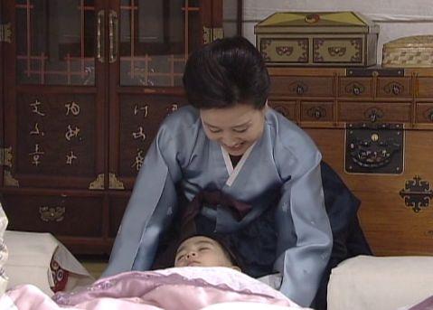 人生18829走りまわったから疲れたのねえ ばあちゃん大喜び