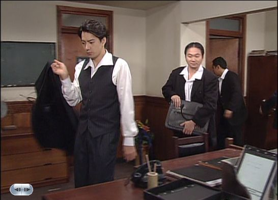 22話オフィスに戻ったヒョンシク