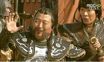 そうです!あの、フッケ将軍です。太王四神記の。いい味出してました。こんな往年の大俳優が加わって、ガンリョクパン、めちゃくちゃいい作品になりそうです。