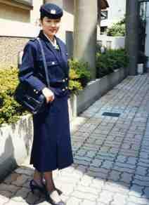 stewardess1001a.jpg